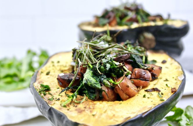 CHICKEN APPLE SAUSAGE & KALE STUFFED ACORN SQUASH