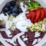 acai smoothie bowl